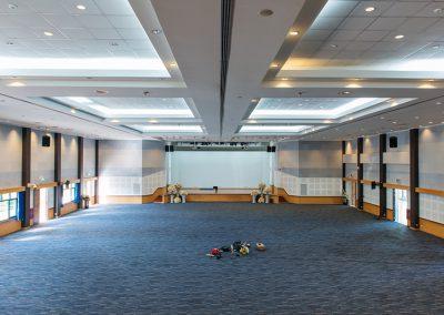 หอประชุมใหญ่ มหาวิทยาลัยสวนดุสิต สุพรรณบุรี